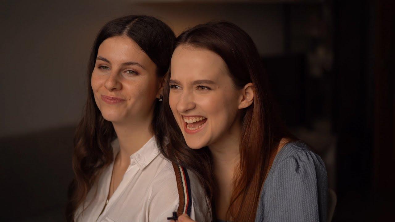 Валя и Маша пытаются записать стихотворение дубль 219...