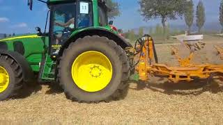 "Video JOHN DEERE 6920 aratura bivomere ""1° Campionato di Aratura"" bevagna 2017 download MP3, 3GP, MP4, WEBM, AVI, FLV November 2017"