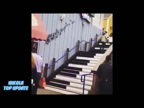 JaDine ► HAHAHA  Naddie!  She playing piano on Stairs like baby So Cutie...