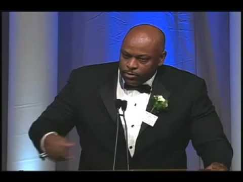Dwight Stephenson, 2005, Walter Camp Football Foundation, Man of the Year Award