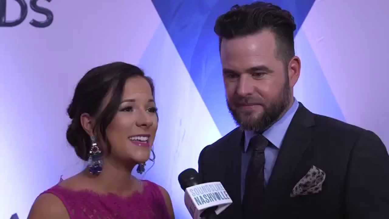 David Nail & Wife Catherine Expecting Twins - YouTube