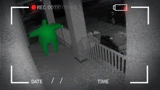 algo bizarro apareceu na frente da nossa casa... ( câmera de segurança ) ‹ NeagleHouse ›