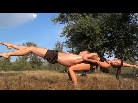 Сute couple workout motivation - Amazing acroyoga.