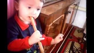 VID 20150419 122848 Юсуф с Гаязом играют на курае.