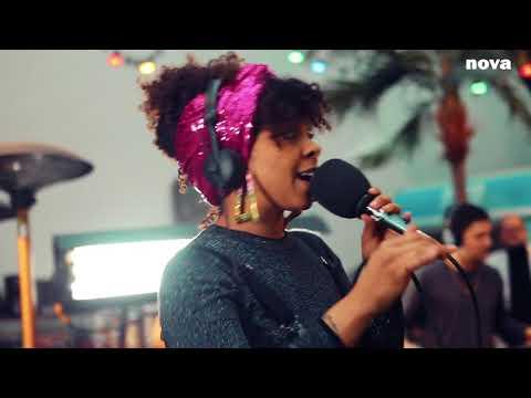 Hollie Cook - Angel Fire   Live Plus Près De Toi