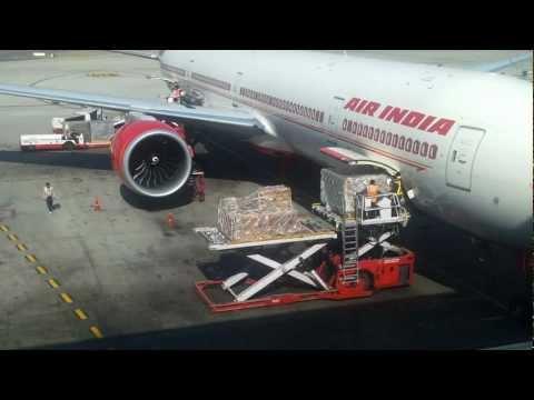 Unloading at Indira Gandhi International Airport