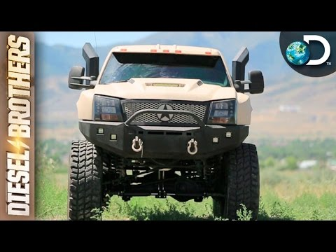 O melhor rally na lama de todos os tempos - Diesel Brothers l Discovery Channel