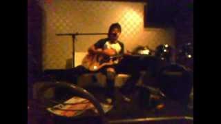 最近 彼は斉藤和義にはまってます。このギター最高にいい音鳴ってる(^^)