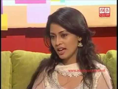 Pooja Umashankar Special Deepavali Interview [Tamil]