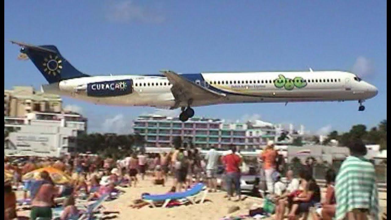 amazing plane landing and