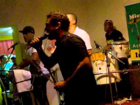 GRUPO SOWETO- MAÇA DO AMOR- MISTURA BRASILEIRA 2011