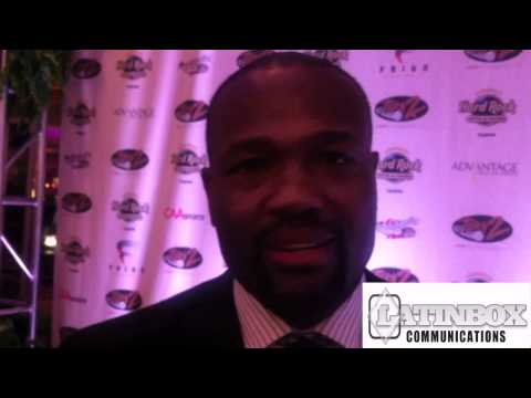 HAROLD REYNOLDS SUPPORTS TURN 2 FOUNDATION