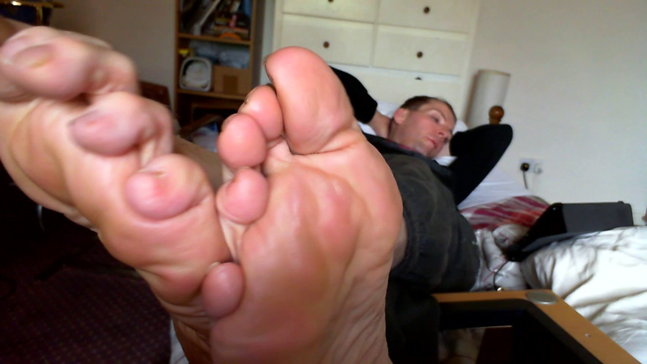 Arab milf smelly soles