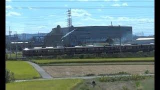 阪急京都線と併走しながら速度で引き離す京都線上り新快速223系の車窓