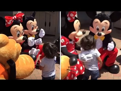 Watch Deaf Boy Jump Into Minnie Mouse's Arms When She Signs, 'I Love You'