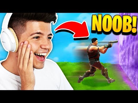 I found the worlds dumbest fortnite player...