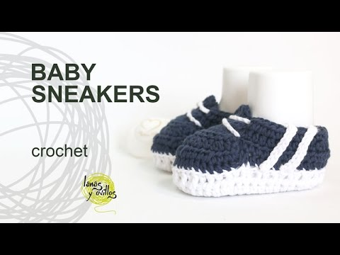9349dd2b829 Tutorial Baby Sneakers Crochet in English - YouTube