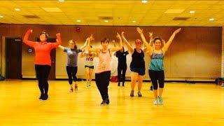"""UPTOWN FUNK"" Mark Ronson ft Bruno Mars - Dance Fitness Workout Choreography Valeo Club"
