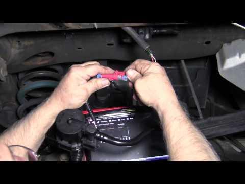 05 Lincoln Town Car Fuse Box Evap Code P0449 Youtube