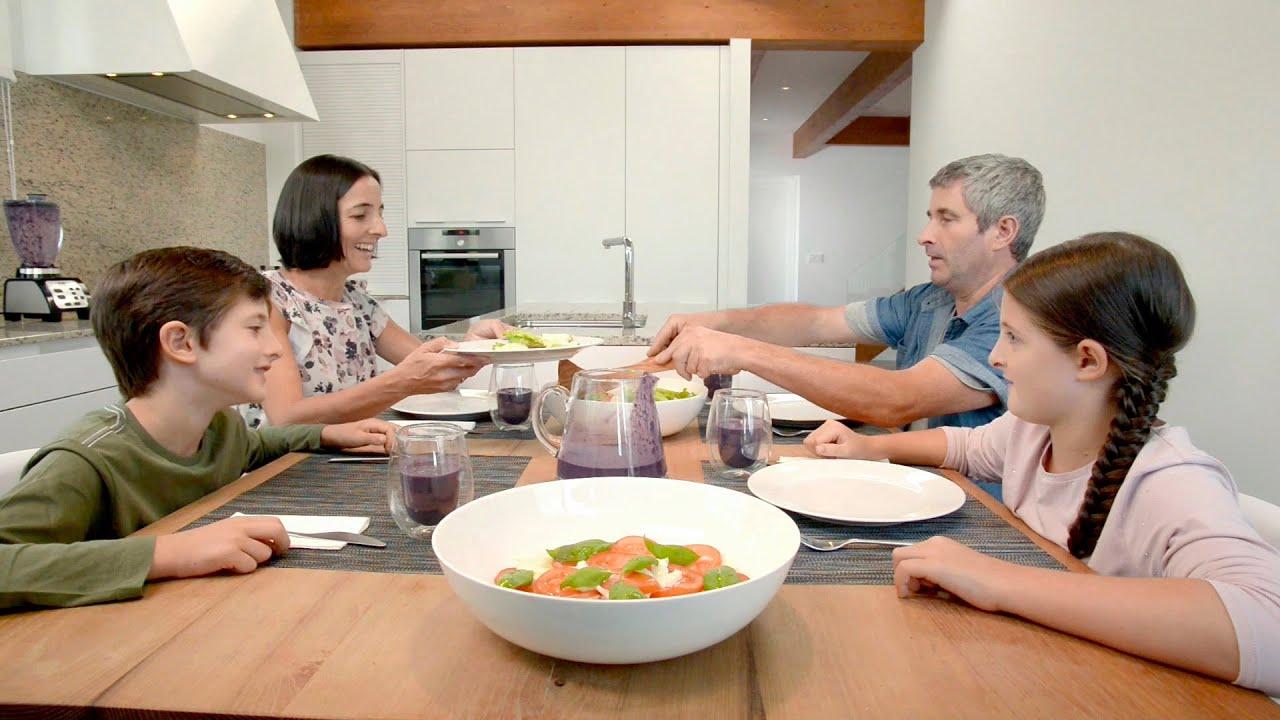 Proyectos de cocina kitchen spaces santos una cocina for Canal cocina cocina de familia