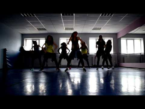 Mark Ronson - Uptown Funk / ZUMBA / Marcelina Leśniak / No Name Dance Studio