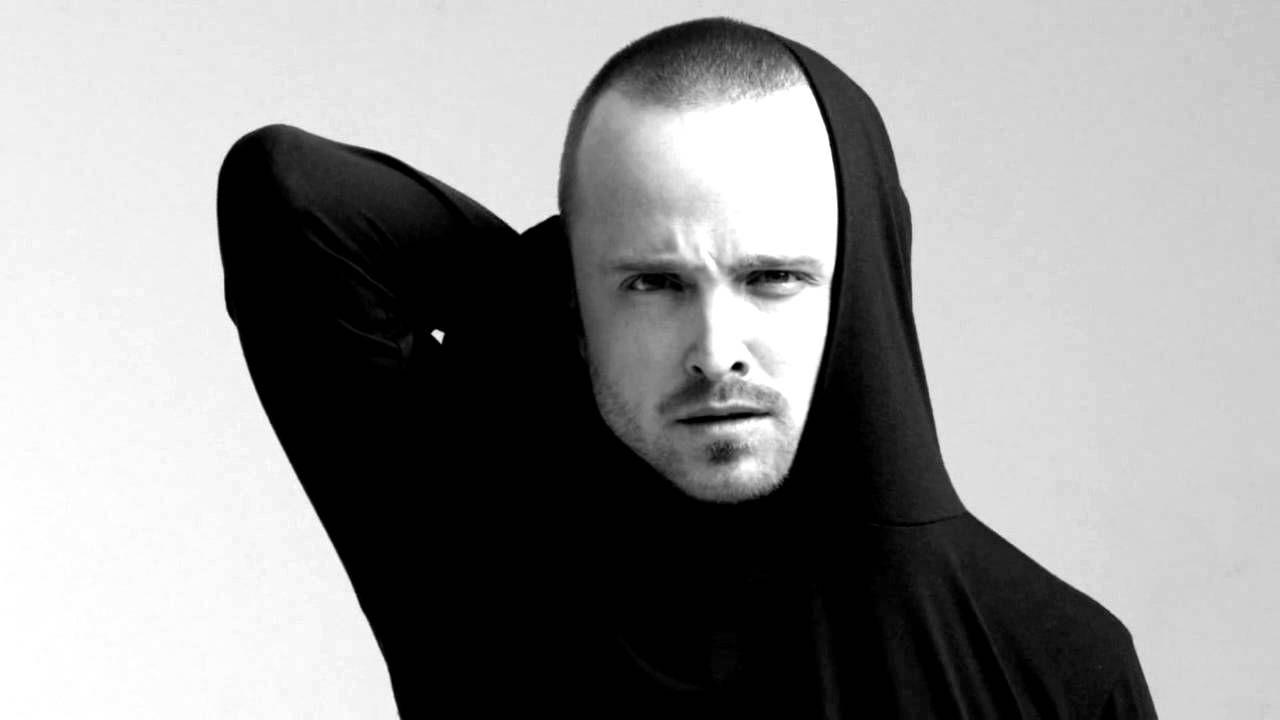 Aaron Paul photo shoot...