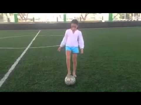 Chicas Jugando Futbol Doovi