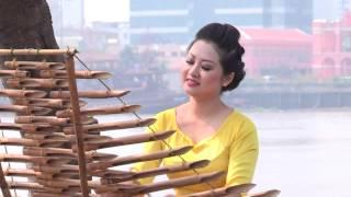 Sài Gòn đẹp lắm (trình diễn đàn tơ rưng) - Nghệ sĩ Hoa Xuân