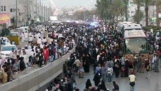 Des immigrés illégaux se rendent à la police saoudienne après des émeutes
