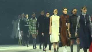 Показ мод Dior / Dior   Pre Fall 2014 15 Paris Tokyo Full Show   Exclusive Video(Показ мод Dior / Dior Pre Fall 2014 15 Paris Tokyo Full Show Exclusive Video., 2015-01-09T17:35:20.000Z)