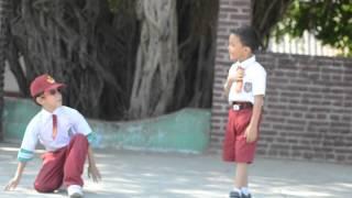 Video Iyey & Nyanyah  ( Boy band kekinian ) .mp4 download MP3, 3GP, MP4, WEBM, AVI, FLV Desember 2017