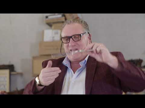 What's in the box? 10 things you can sell. Do you have these at home? from YouTube · Duration:  1 minutes 37 seconds
