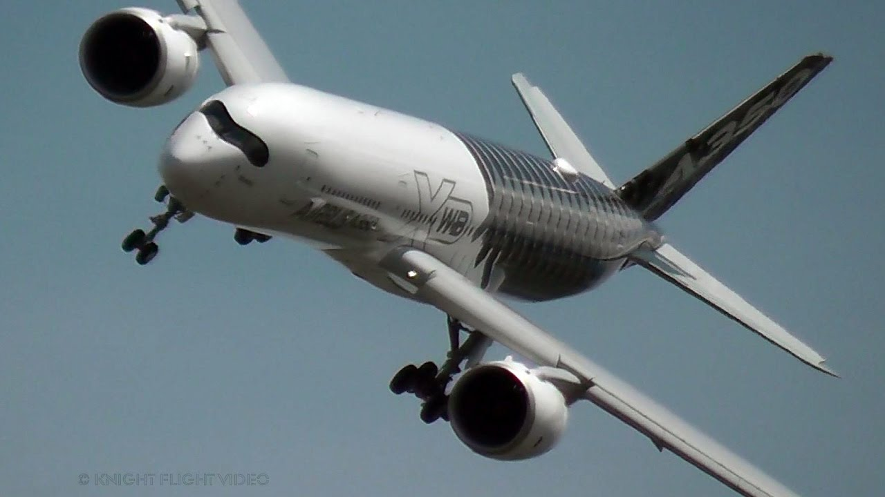 airbus a350 xwb pilot flies his plane like a jet fighter youtube