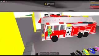 c'était le jeu de pompier roblox j'ai fait