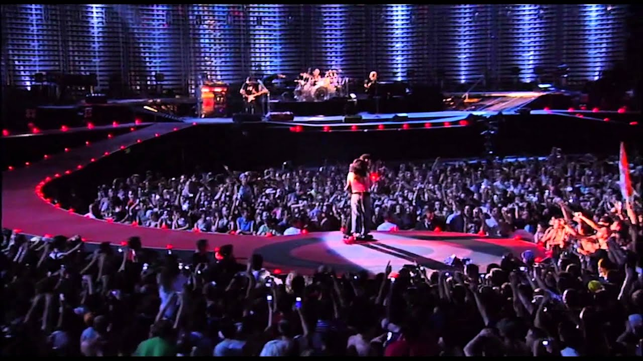 U2 - Still haven't found + All I Want Is You + City of Blinding Lights (Milan 2005) HD