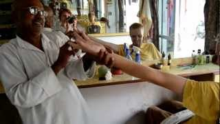 The Best Head Massage Ever - Indian Style!