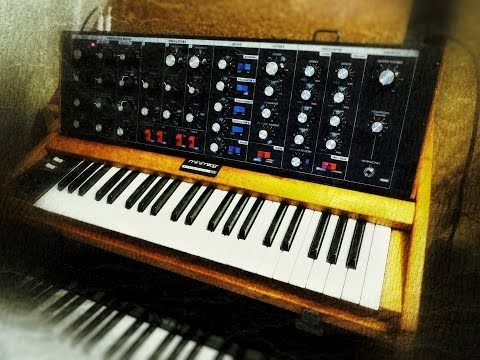 Minimoog Voyager Old School - oscillators, filter, waveforms