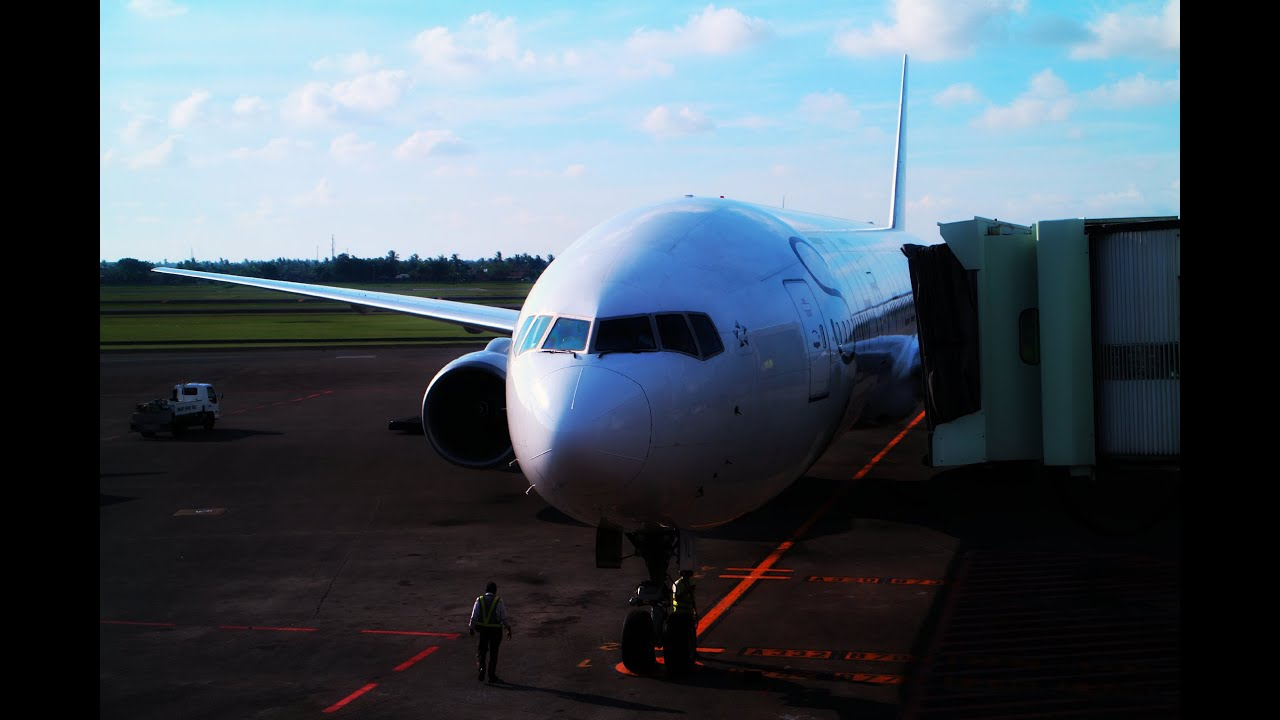 How Singapore Airlines Lost My Luggage: SQ961 CGK-SIN Flight ...