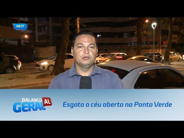 Moradores reclamam de esgoto a céu aberto na Ponta Verde