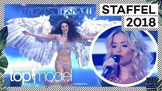 Der Flügelwalk der Finalistinnen mit Rita Ora   Das Finale   GNTM 2018   ProSieben