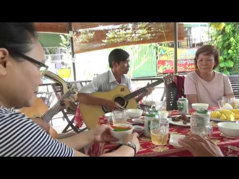 Nhac Bolero Guitar 51  Cac Ban Sai Gon Den Tuy Hoa Giao Luu
