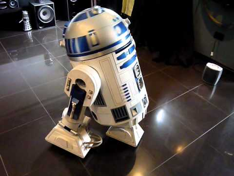 R2d2 robot real star wars youtube - Robot blanc star wars ...