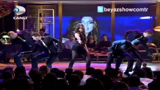 """Emina Sandal """"Kimse Yok Mu"""" dans şovu - Beyaz Show (Aralık 2012)"""