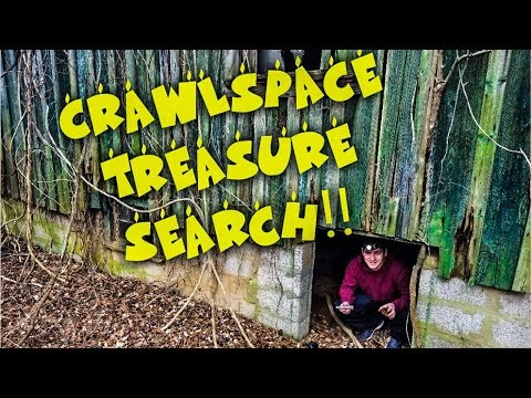 CRAWLSPACE TREASURE HUNTING!! ANTIQUE BOTTLES AND MORE!!