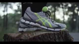 Беговые кроссовки Asics(Великолепные беговые кроссовки бренда Asics. Купить кроссовки ASICS для мужчин http://www.hugemarket.ru/Vse-dlya-muzhchin/Obuv/Krossovki..., 2014-09-28T14:57:43.000Z)