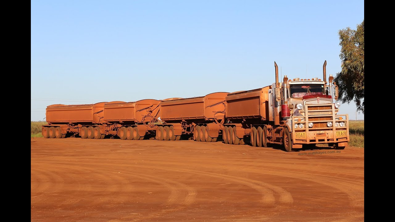 Road Trains in Port Hedland - YouTube