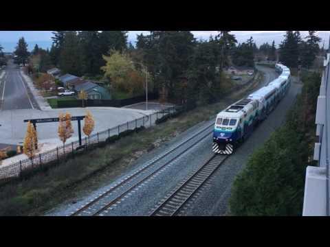Sounder Train departing Lakewood Station