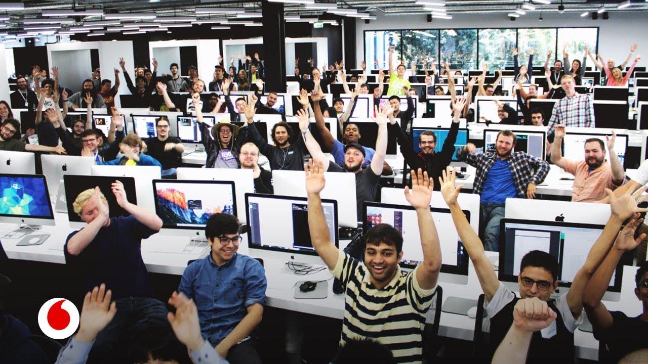 La universidad sin profesores ni exámenes donde estudian los futuros genios de la programación