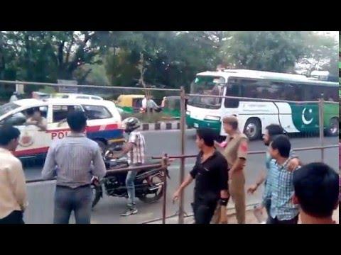 Delhi lahore bus entering into firoz shah kotla stadium for IPL