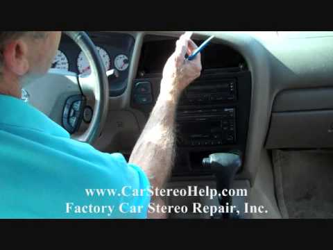 How to Nissan Pathfinder Bose Stereo radio Removal 2001 - 2004